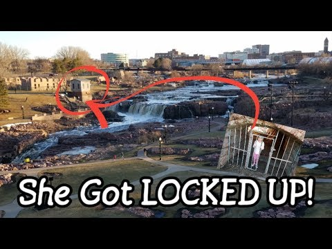 She got LOCKED up at the Falls! - Sioux Falls, SD - The Beautiful Falls
