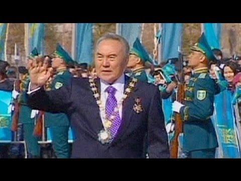 Nazarbayev tinkers with Kazakh parliament