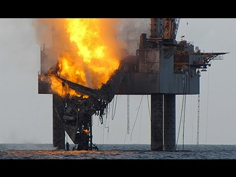 OIL RIG FIRE 2013:Gulf of Mexico drilling rig has partially