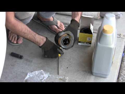 how to change bulb on bmw 335i e90