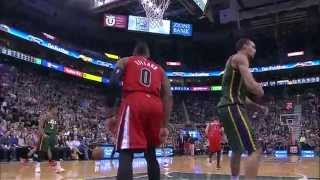 NBA: Damian Lillard Attacks the Rack for One-Handed Smash