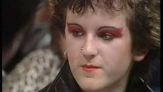 Boy George first tv appearance circa 1979.Studio discussion on cult...