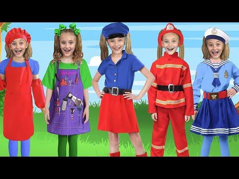 Sasha dresses like Superhero and save friends