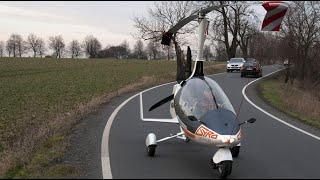 منوعات الآن | السيارة الطائرة في معرض للسيارات في باريس