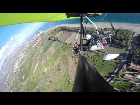 GoPro Su Deltaplano A Motore A Calatabiano