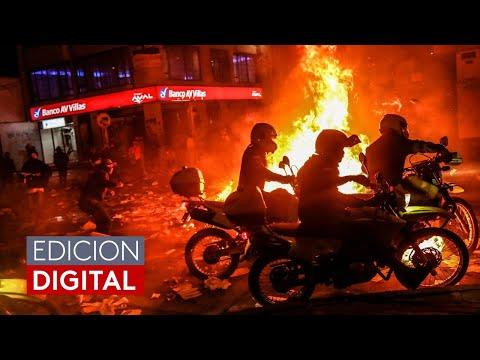 """""""Por favor, no más"""": la muerte de un abogado a manos de la policía desata protestas en Colombia"""