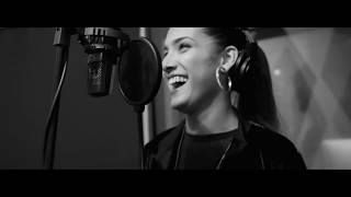 Valeria The Good girl - Dale Play - Studio Session Video