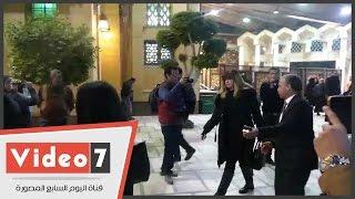 بالفيديو.. رانيا فريد شوقى وليلى علوى وهالة صدقى وشيرين وجدى ودينا فى عزاء زوج ابنة فيفى عبده
