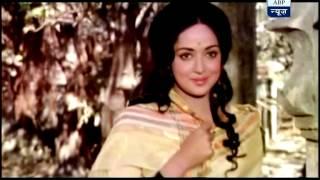 Love Story - 'Love Story' between Dharmendra and Hema Malini