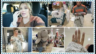 Pregnancy Rhinitis & Putting up Christmas Decor + Unboxing Baby Shower Gifts...