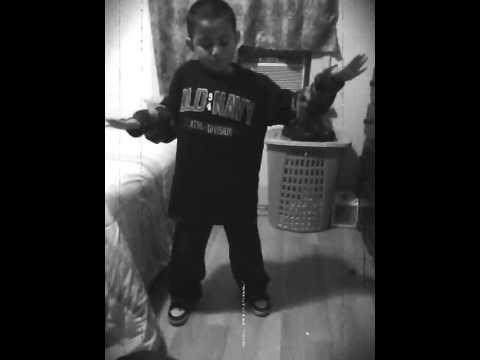 Richie Dancing to Michael Jackson