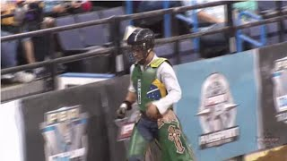 WINNING RIDE: Kaique Pacheco puts up 63 points on Rudolph (PBR)