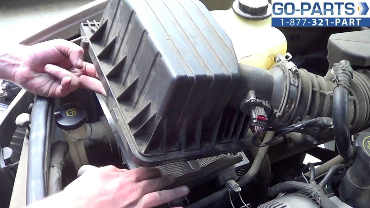 Replace 2001 2005 Ford Explorer Air Filter How To Change Install Sport Trac Fuel Location 2002 2003 2004 Youtube