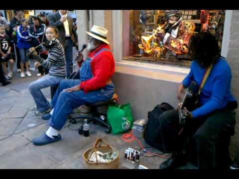 New Orleans Street Music - Tanya & Dorise