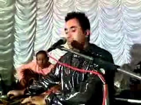 Kashmiri Gazal Singer Raashid-Jahangir.3gp
