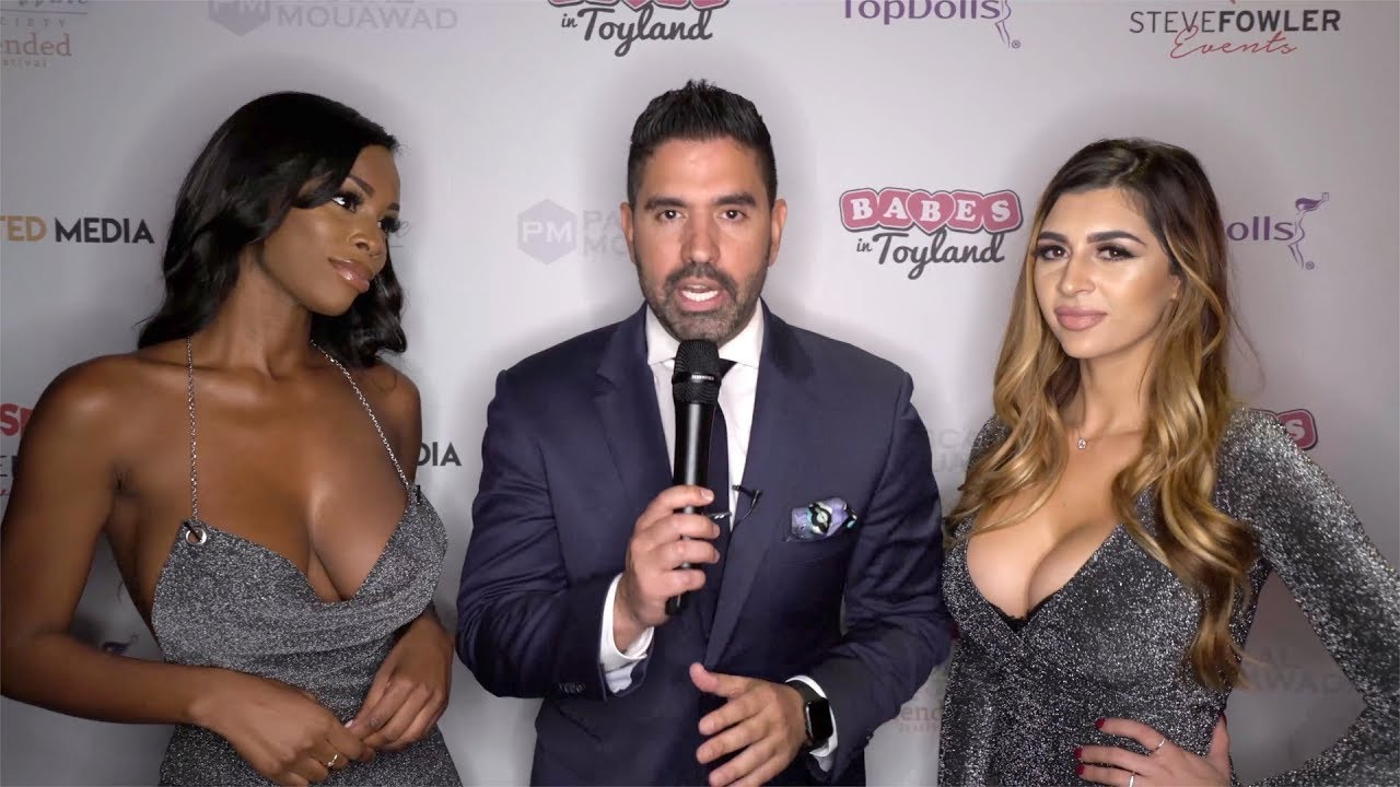 Lexi Hart and Brittney Ana Interview 2019 Babes in Toyland LA Toy Drive Red Carpet