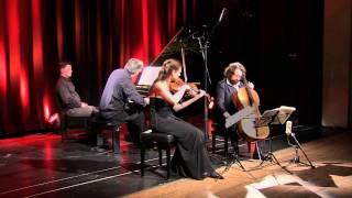 Play Piano Trio in G major, Op. 1/2