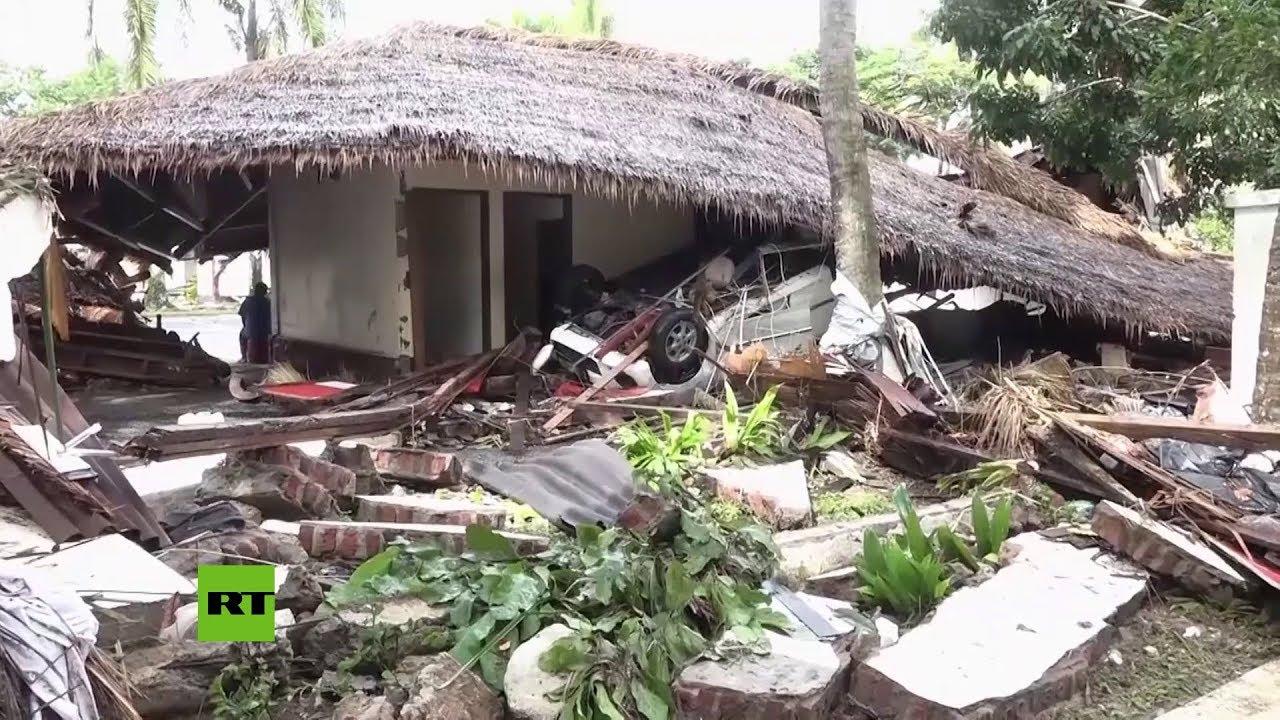 Indonesia emite una alerta roja y desvía los vuelos en torno