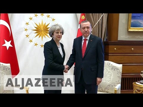 UK and Turkey sign defence, trade deals