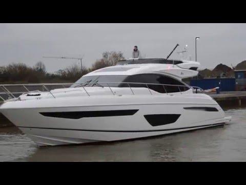 Sunseeker yachts in KGV Lock 15-12-15