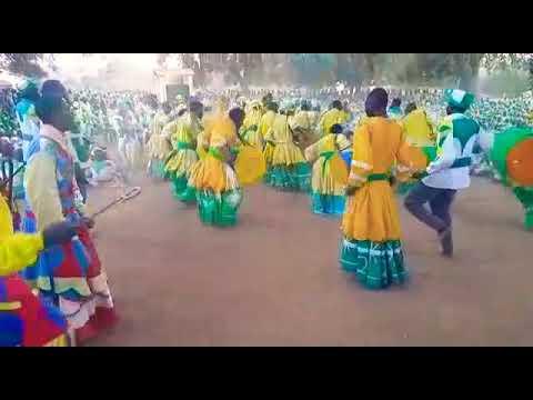 Maridzangoma in action jekenisheni jivisals department at maunganidze