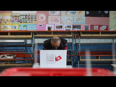 انتهاء التصويت في الدور الثاني من انتخابات الرئاسة في تونس  - نشر قبل 3 ساعة