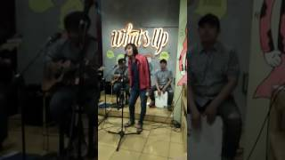 Janji Bragi. Ejik and Asyou Cover Janji Bragi. Live Whats Up Cafe