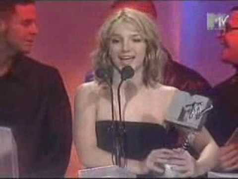 [B. Spears] MTV Europe Music Awards 1999 - Accepting Best Song Award