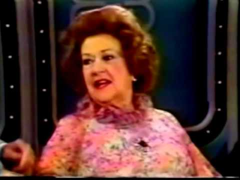 """Ethel Merman, 1978 Interview and """"Annie Get Your Gun"""" Medley"""
