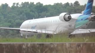 Video Wow! Garuda Indonesia Take Off Setelah Wings Air Landing (Video Pesawat Terbang Indonesia) download MP3, 3GP, MP4, WEBM, AVI, FLV Mei 2018