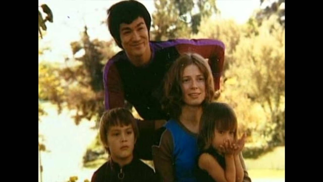 Bruce Lee and Shannon Lee Tribute - YouTube