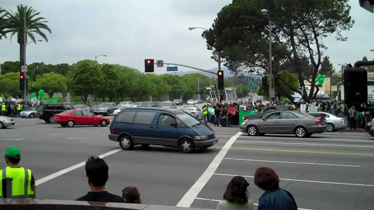 Demonstration in Los Angeles in support of Iranian People