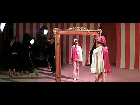 Natalie Wood - The Circus Is A Wacky World