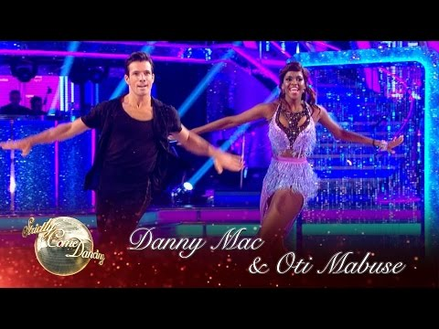 Danny Mac & Oti Mabuse Cha Cha to 'Cake By The Ocean'  Strictly Come Dancing 2016: Week 1