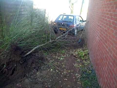 Met suman en akie bilal de tuin verbouwen met auto amk for Tuin verbouwen