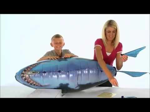 Air swimmers fish. Летающие рыбы с радиоуправлением. Рыб уже можно купить в аэробюро. Звоните, доставим в готовом виде. А еще мы можем собрать (500 р. ) и надуть гелием (700 р. ) ваших рыб. Или починить. Приходите. Air swimmers fish летающие рыбы аэробюро.