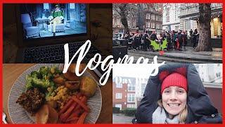 CHRISTMAS FILMS, ROAST DINNER & CATS THE MOVIE CHATS | VLOGMAS DAY 19 | Georgie Ashford