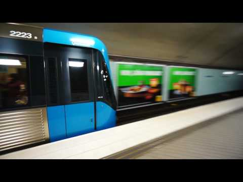 Sweden, Stockholm, Odenplan train/subway station, 3X SMW elevator - going up