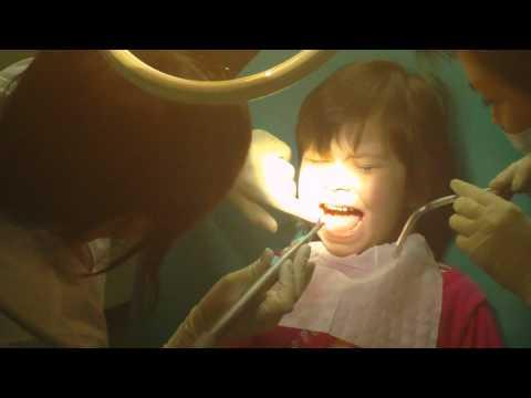 Учитесь, как надо лечить зубы!!!!!!!!!!!!!!!!!!!!!!!!