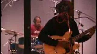 Play Steady Pull (live)