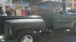 DESFILE DE LOS CARROS  CLÁSICOS EN SOMBRERETE ZAC
