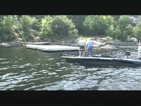 Dvo 411 smallmouth bass fishing lake wallenpaupack youtube for Lake wallenpaupack fishing report