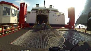 これはやっちゃダメ。バイクでフェリー乗船中。 押しだしましょう子 検索動画 30