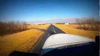 Narrow 20ft runway at Roosterville (0N0) in a Cessna 172