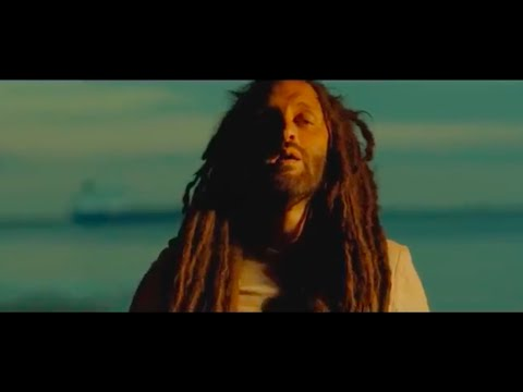 VIDEO: ALBOROSIE - Fly 420 [with SUGUS]