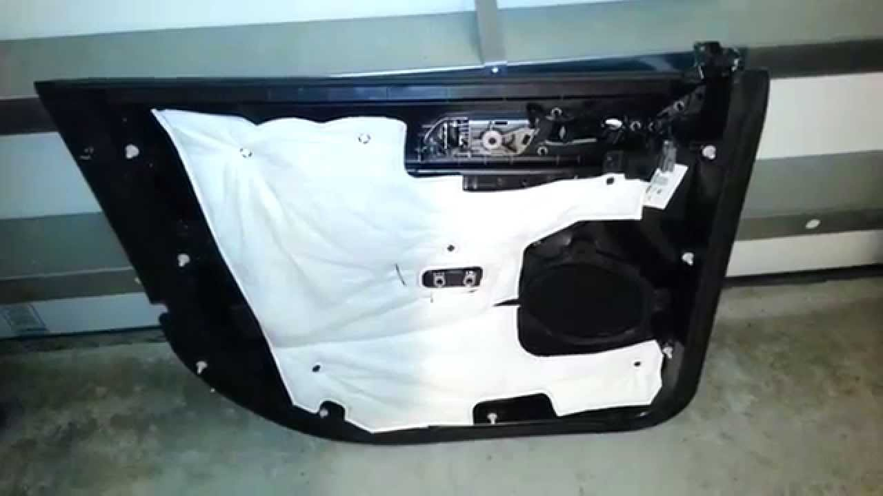 2014 ford explorer suv plastic interior door panel. Black Bedroom Furniture Sets. Home Design Ideas