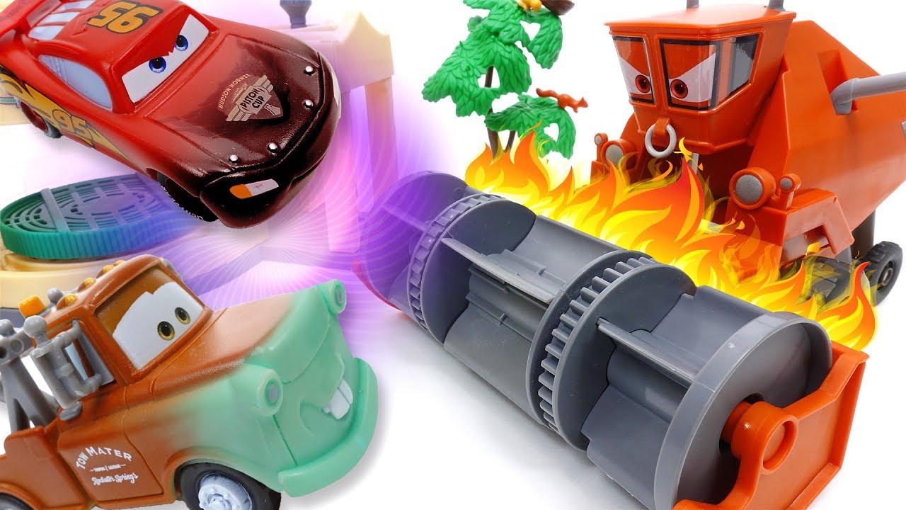 Disney Cars Toys Youtube: Frank Gone Mad~! Disney Cars Color Changer Toys