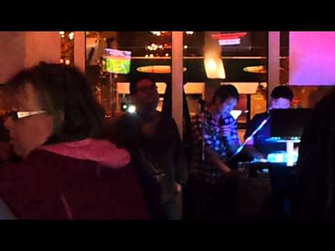 """This Love"" LIVE KARAOKE IN A BAR@VANCOUVER CANADA"