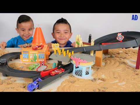 Disney And Pixar Cars Race Around Radiator Springs Playset CKN Toys