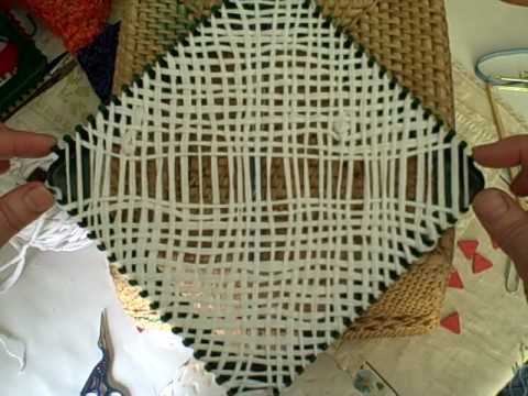Bias Weaving On The Potholder Loom By Noreen Crone Findlay